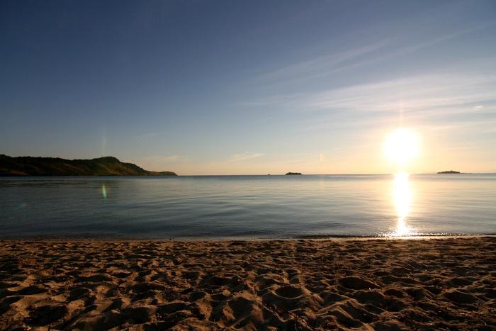 Sunrise at Seraya Island. Photo by Indra Febriansyah