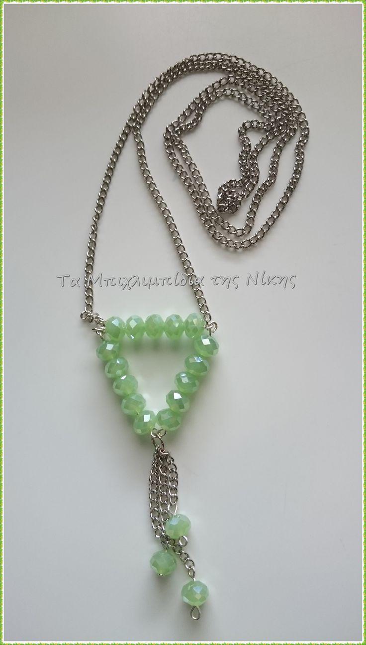 Μακρύ κολιέ, με 75cm αλυσίδα και πράσινα κρυσταλλάκια..!!