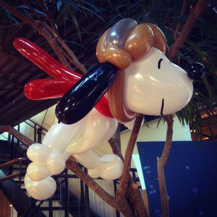 Snoopy balloon animal