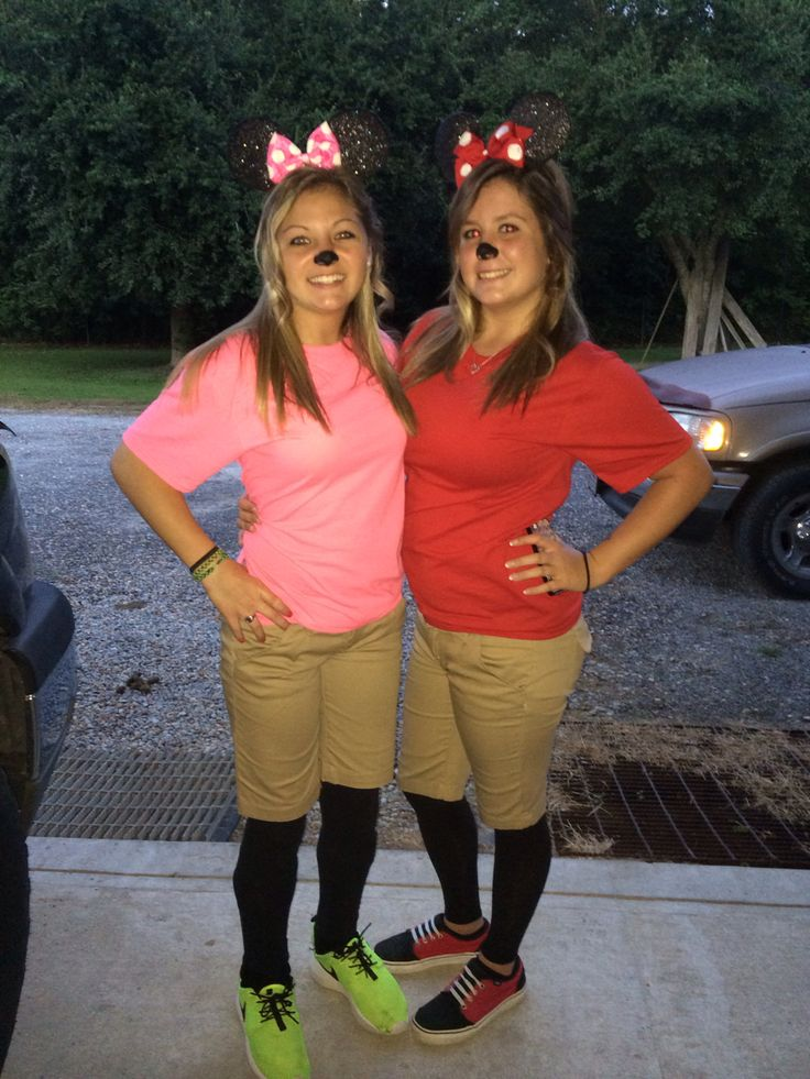 For twin day. My bestfriend ( in the pink ) and I dressed up as Minnie Mouse twins. But because Minnie Mouse has no  twin , we came up with the ideas of Minnie Mouse and Mindie mouse.