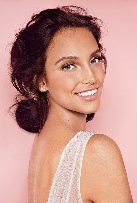 Natural/ Beach - Medium to darker skin tones. | wedding makeup | Wedding Makeup, Natural wedding makeup, Beach makeup