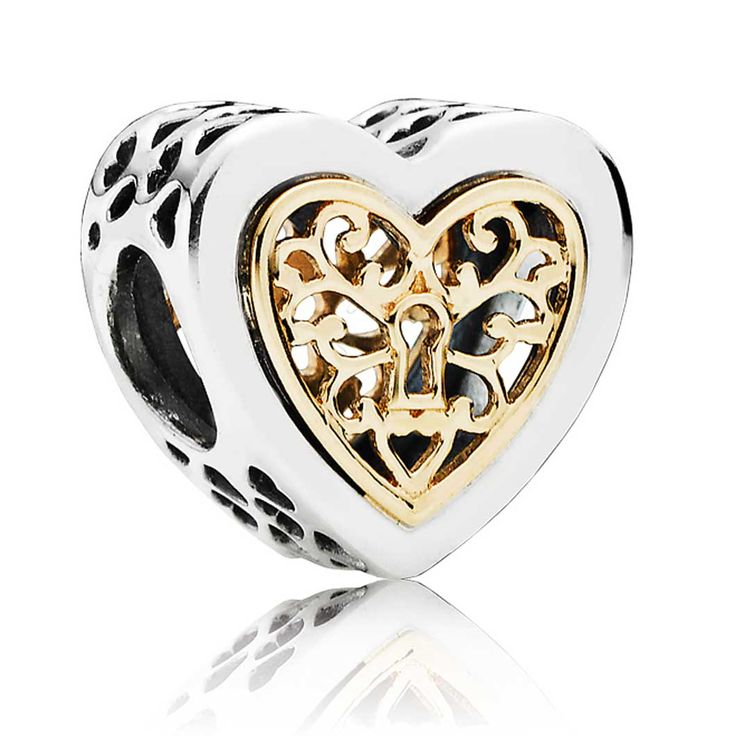 In a nod to the romance of times past, this detailed dangle charm features a delicate 14k gold filigree heart. Wear it to add a touch of luxury to your bracelet or string this versatile dangle onto your necklace chain.