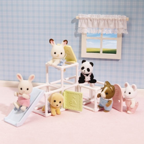 Calico critters baby jungle gym little girls pinterest for Baby jungle gym indoor