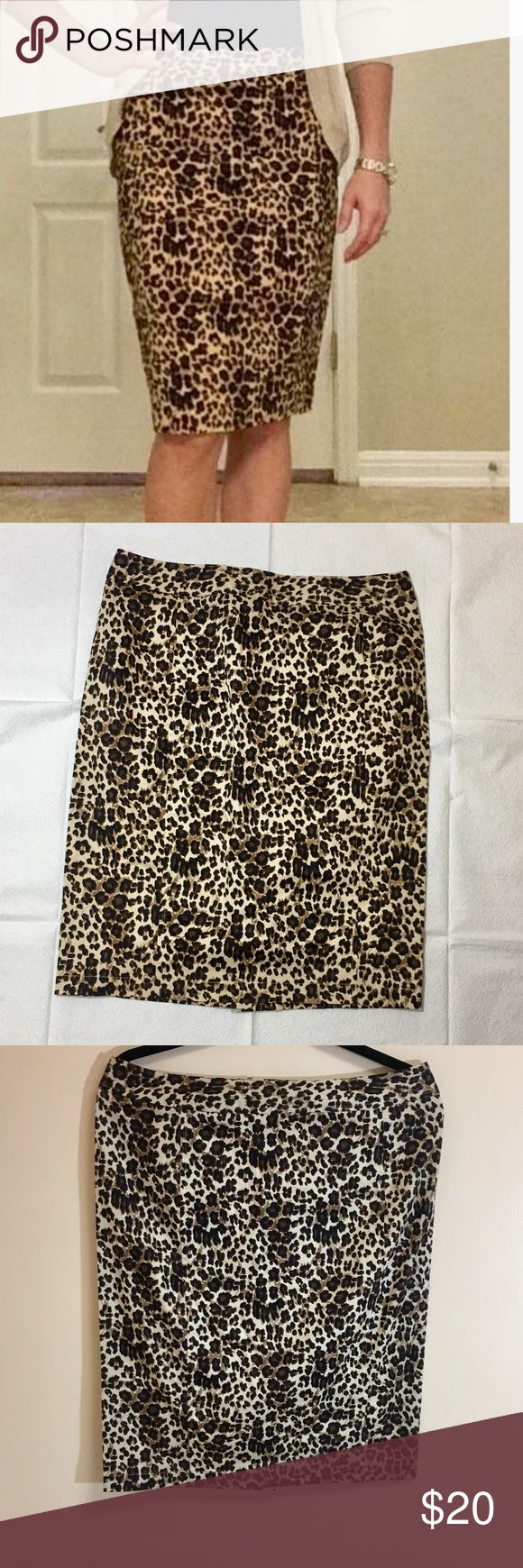 41 Hawthorn Leopard Pencil Skirt Leopard pencil skirt  Form fitting but stretchy fabric  Never worn only tried on  Outside tag missing but inside stitch fix tag attached Skirts Pencil