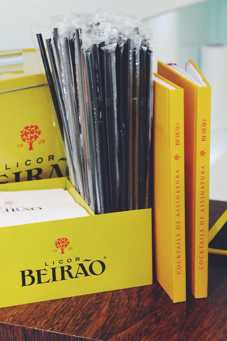 Lançado no Lisbon Bar Show 2016, este livro é constituído por mais de trinta receitas pensadas e criadas por barmen de renome.