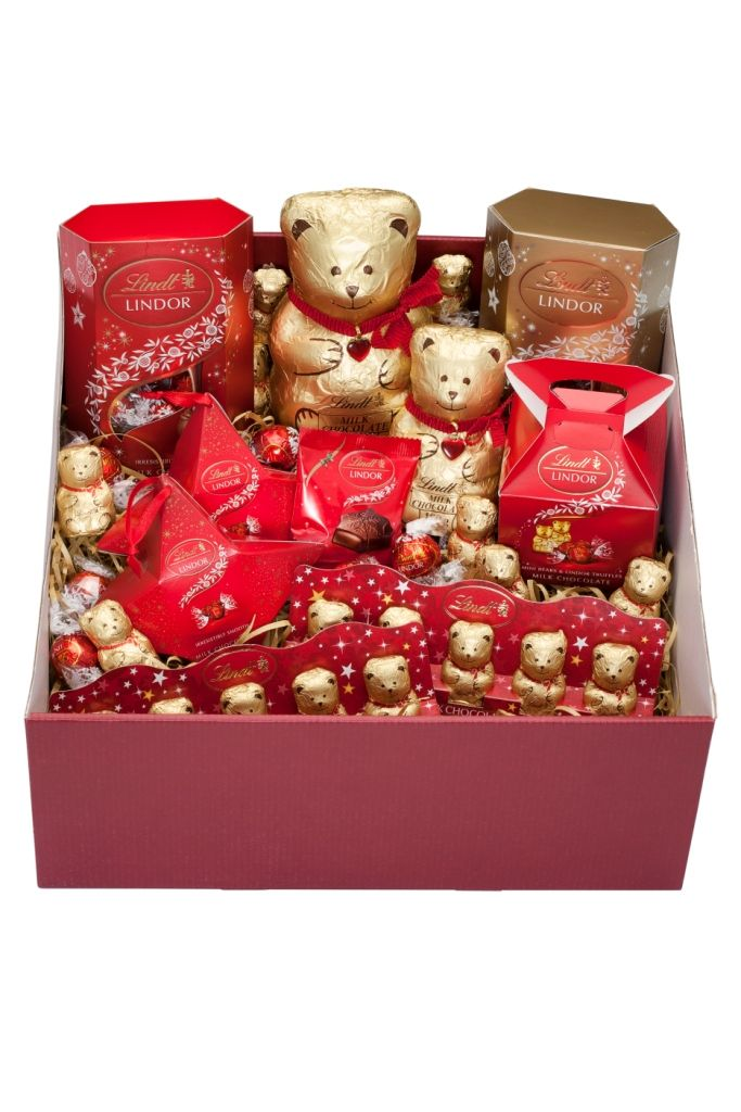 LINDT Bear Christmas hamper (low res)