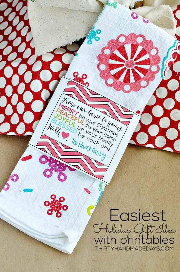 Printable Gift Sleeve - Use this printable to wrap up a cute hand towel for a gift that can be put together in minutes! via @Sophia Hopkins Provost  30daysblog for #SwellNoel