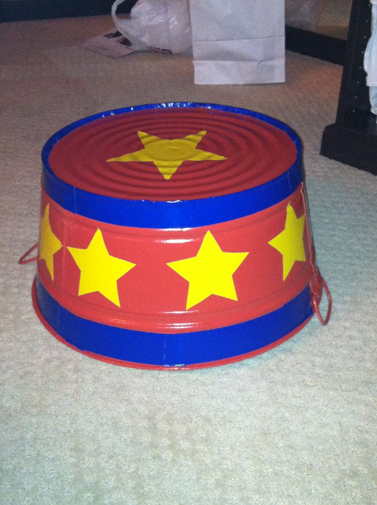 circus stand photo prop