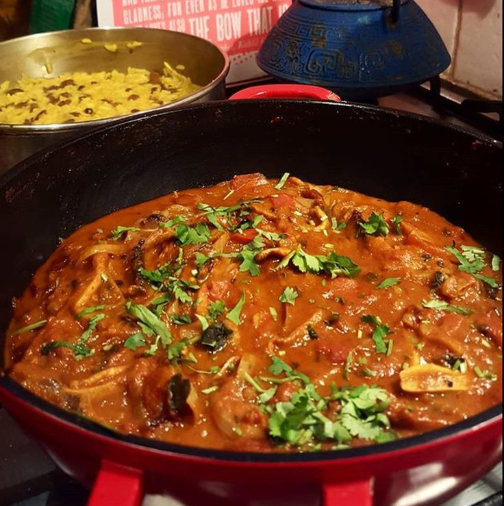 Last night I fancied a curry, a nice hot curry to warm the very cockles of my draughty flat, but like so many evenings of the dreaded 'cooking for one', I just couldn't decide what curry to have. I...