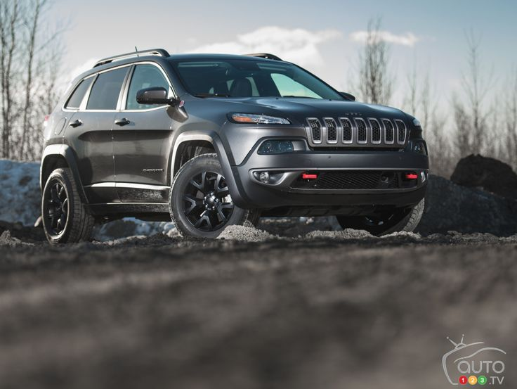 2015 Jeep Cherokee Trailhawk 4x4 Review Editor's Review | Auto123