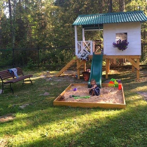 malyshi: Детский домик на даче для трехлетки