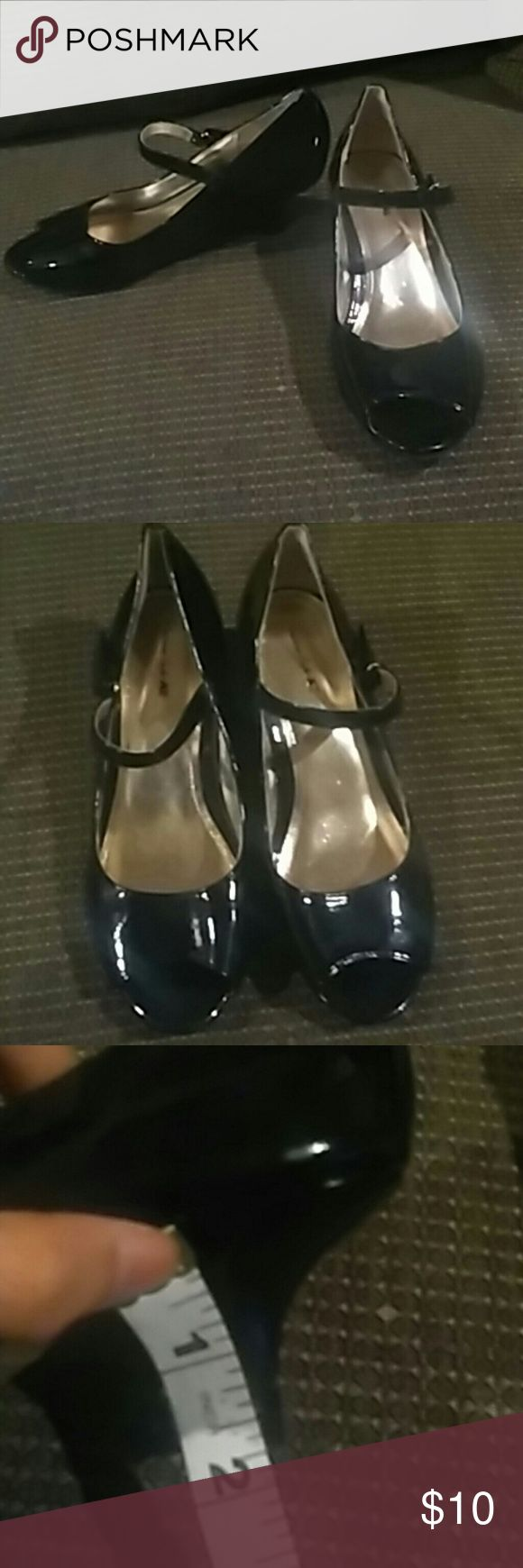 Shiny black and gold peep toe heels Shiny black and gold peep toe heels. 2 inch heels. Velcro straps at side. American Eagle by Payless Shoes Dress Shoes