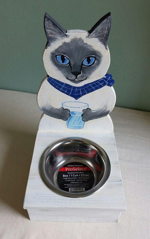 Cat Food Holder
