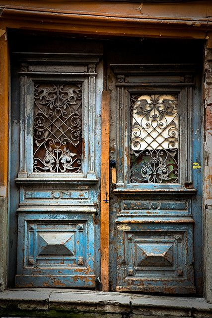 \\ vintage doors
