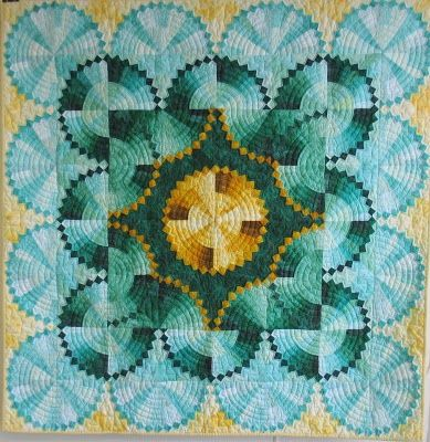 Deb Geyer, Quilter: Dresden Plate is Finished!