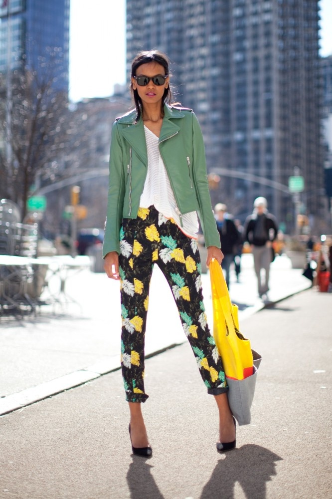 Today we tapped supermodel Liya Kebede to show us her perfect spring outfits...check them out!