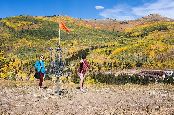 #FindSolitude this fall. | #BigCottonwoodCanyon #SaltLakeCity #Utah #Fall #discgolf #view #leafpeeping