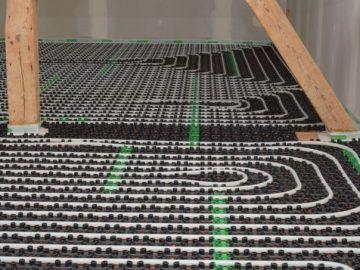 Fußbodenheizung zum Nachrüsten: Lösung für jede Ausbausituation