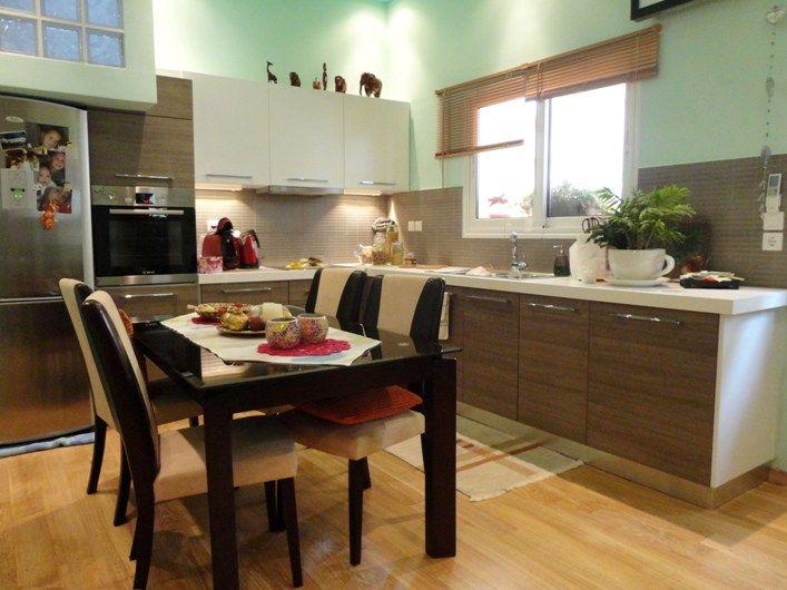 Ανακαίνιση Κατοικίας στον Κορυδαλλό. Άποψη της κουζίνας.