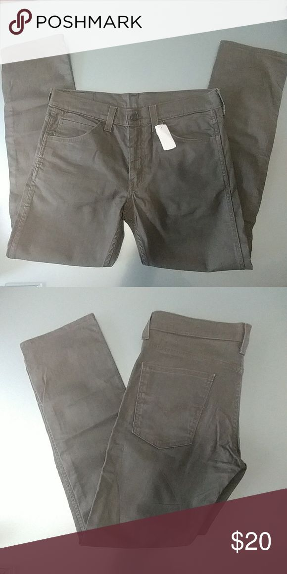 New mens levi 511 w33 l30 pants Brand new pair of mens levi 511 pants Olive green color Levi's Pants