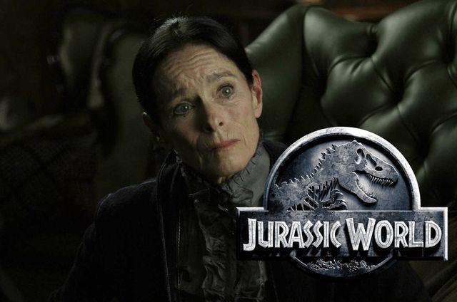 WinNetNews.com- Buat kalian yang pecinta film Hollywood tentunya akan selalu menunggu film-film terbaru karya dari negeri paman Sam tersebut. Seperti yang dilansir dari zimbio, film Jurassic World 2 akan segera melakukan proses syuting di London, Inggris. Jurassic World 2 menjadi film yang ditunggu