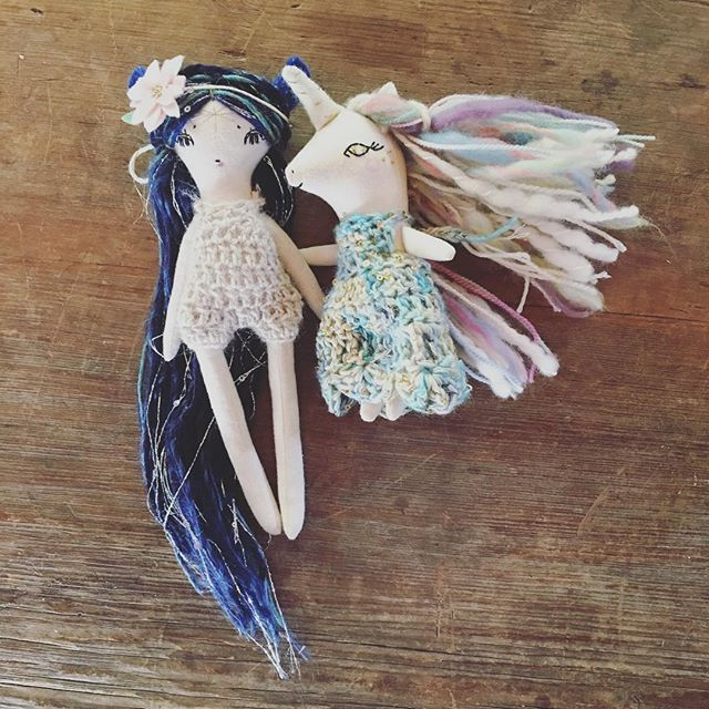 Also. If you wondered. @libertylavenderdolls baby uni clothing and my petal pixie clothing can totally be swapped. Sharing is fun!