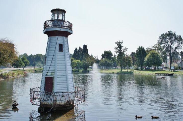 Canada Ontario Photos :: Misc :: Wellington Park Simcoe