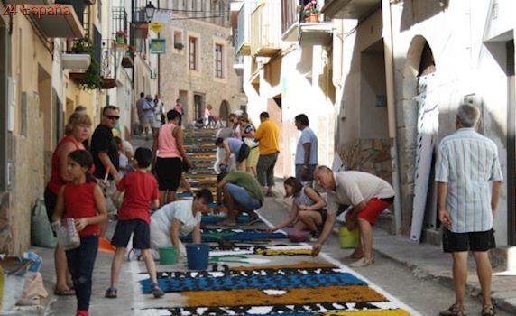 Las alfombras de serrín de Aguaviva, declaradas de interés turístico