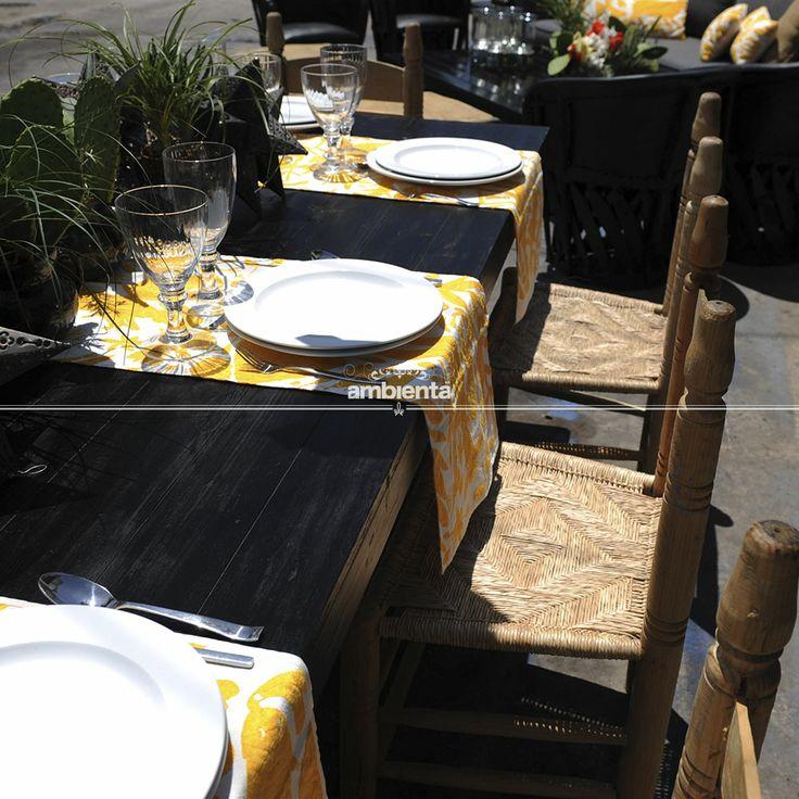 Comedor. mesa negra, sillas hacienda, camino de mesa mexicano ...