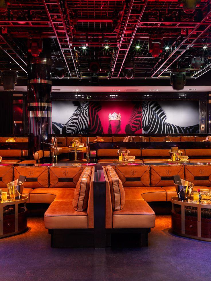 1 Oak Nightclub, The Mirage Hotel & Casino, Las Vegas. Interior design by Munge Leung.