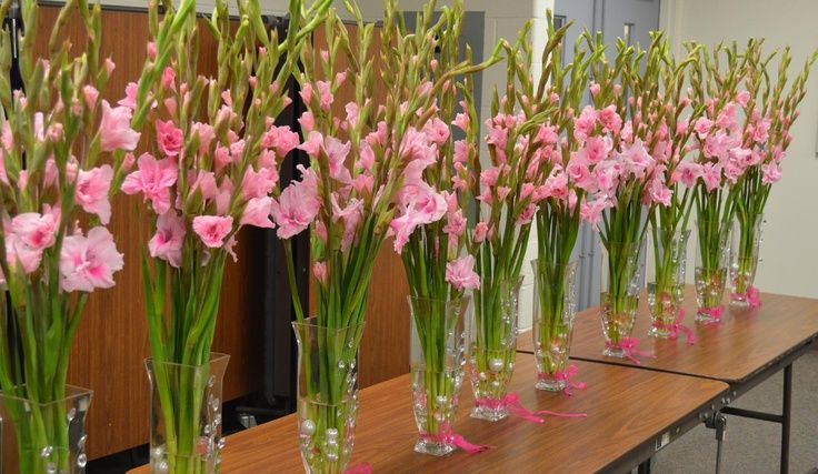 gladiolus centerpiece - Google Search
