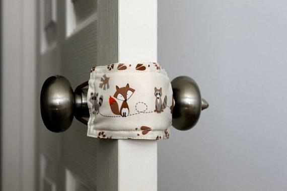 Ingenious idea! Prevents door from slamming & possibly locking. I like this idea.