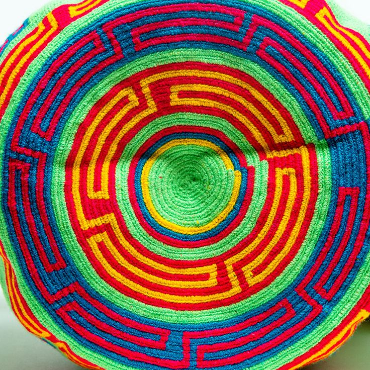 Limited Edition Wayuu Bag -With Braided Handles – SHOP WAYUU BAGS | Handmade by the Wayuu Tribe