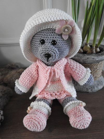 Haakpakket Funny bear Mary (RESERVEER ARTIKEL)