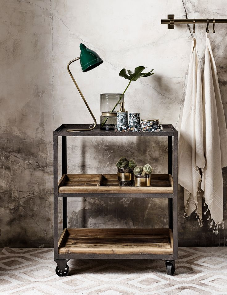 #trolley #hout #houten #metalen #trolley #trend #botanical #home #planten #kar