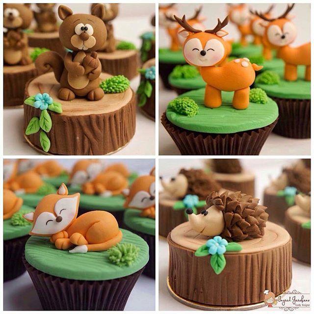 Perfeição em forma de doce para o tema bosque. Que mimo!! Por @ingredgarofano . . #bosque #cupcake #alfajor #piradaemfesta