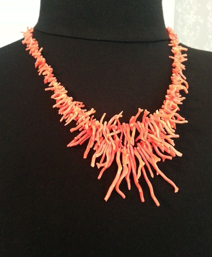 MiaQ | 06/2016 | Coral Collier | Real Red Coral Branches (but not new, made from some old flea market necklaces)