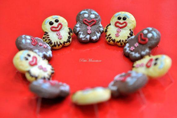 Gingerbreadman Orecchini-Gioielli di PetitMiniatures su Etsy