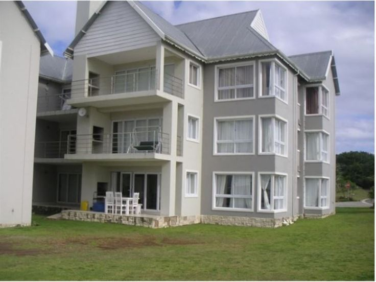 Waterside Living - Kingston Place 03 - Two-bedroom ground floor unit with double bed in main bedroom with en-suite bathroom (bath and shower), guest bedroom with double bed.  Guest bathroom (with shower).  Modern open plan kitchen, fully equipped ... #weekendgetaways #jeffreysbay #kougacountry #southafrica