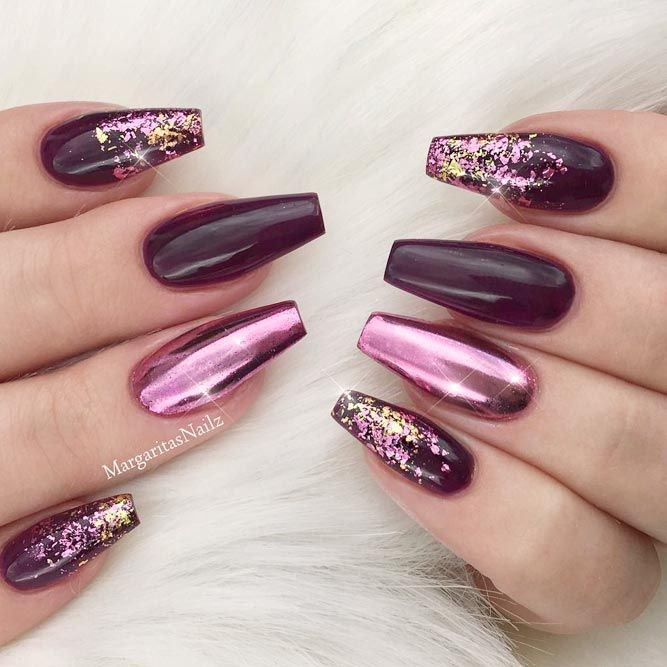 Maroon is totally in fashion nowadays. And there are several reasons for that. The best part about maroon nails is that it fits basically any skin tone. Also, there is a ton of designs to match this color and bring out its full potential.#nails#nailart#naildesign#nailscolor