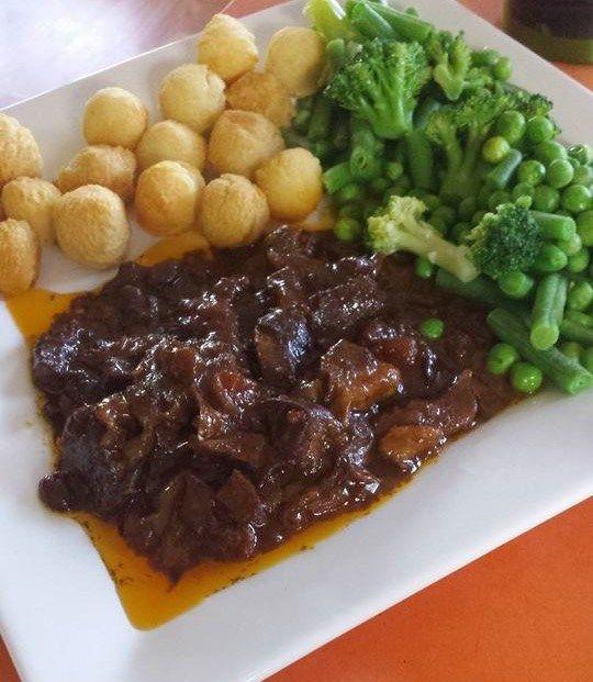 Chutney Chops 8 lamb chops 1/2 cup water 3 tsp curry powder 1 tbsp ...