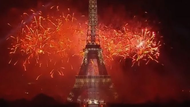 If you were not in Paris for 14 juillet or did not catch footage of the celebrations on television – the Paris mairie has now posted its spectacular fireworks display online.    The show at the Eiffel Tower had a theme of Olympic values, tying in with France's bid to host the games in 2024.