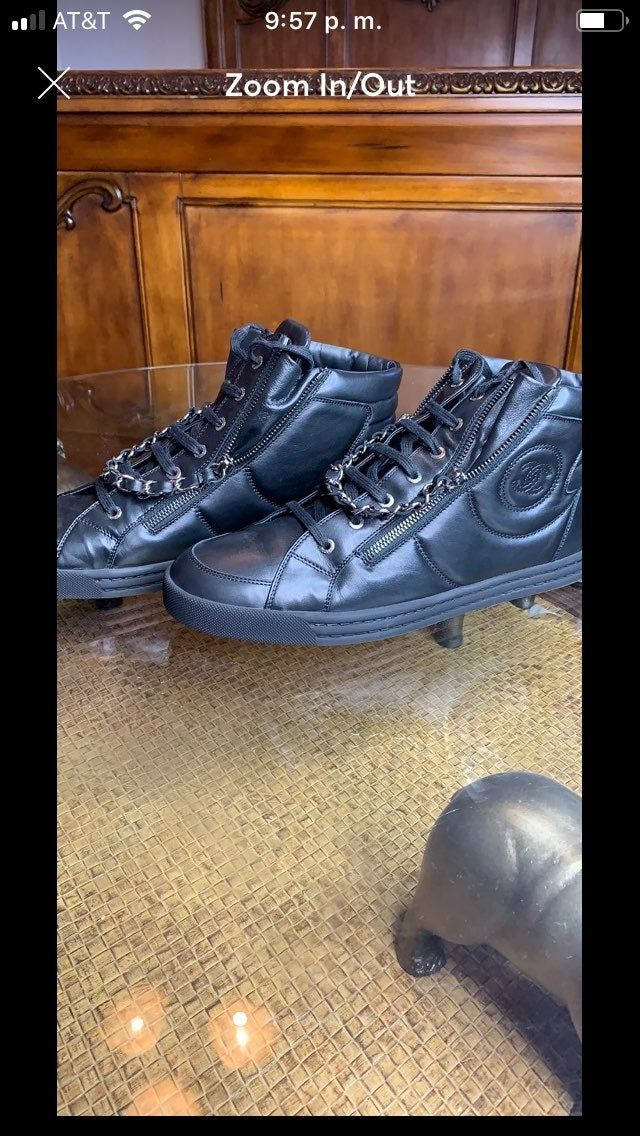 Authentic men Chanel sneakers. Size 10