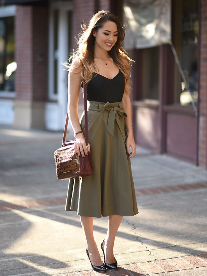 olive green paperbag waist skirt with tank top