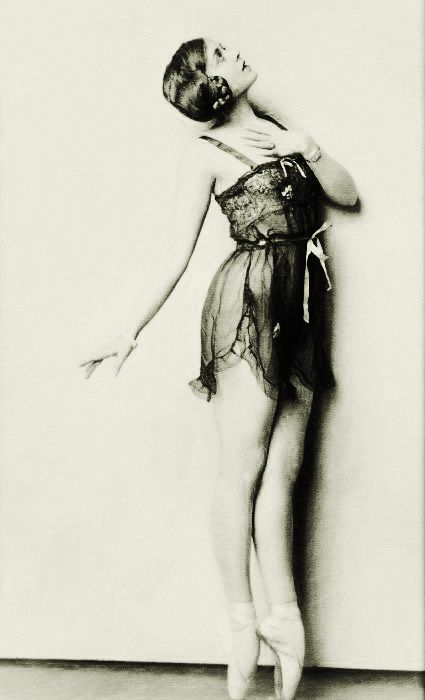 Irene Delroy - c. 1927 - Ziegfeld Follies Dancer - Photo by Alfred Cheney Johnston (American, 1885-1971).