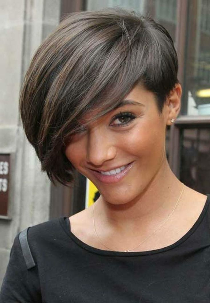 17 Best images about Cheveux courts on Pinterest | Coupes courtes ...