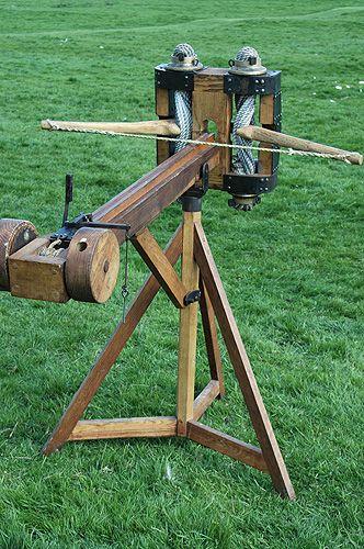 Siege Engines: Medieval Mechanical Mayhem