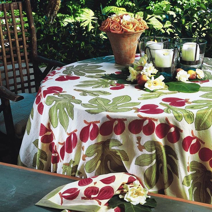 """59"""" Square Fig Red-Green Tablecloth by Couleur Nature"""