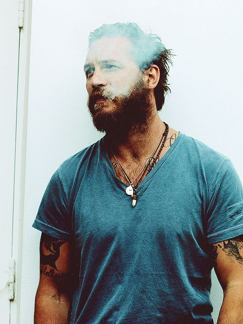 Tom Hardy, so in love