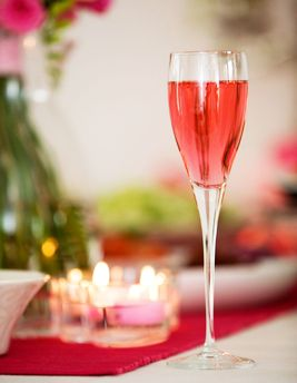 Kate Middleton English Rose: Place a sugar cube in the bottom of a champagne flute. Dribble a few drops of orange bitters overtop, then pour over 1 oz. Drambuie. Slowly pour over 4 oz. chilled champagne, sparkling rosé wine or Prosecco. Add a splash of Campari and a few drops of rosewater.: